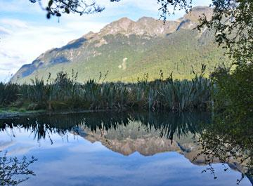 Mirror Lake on the way to Milford Sound