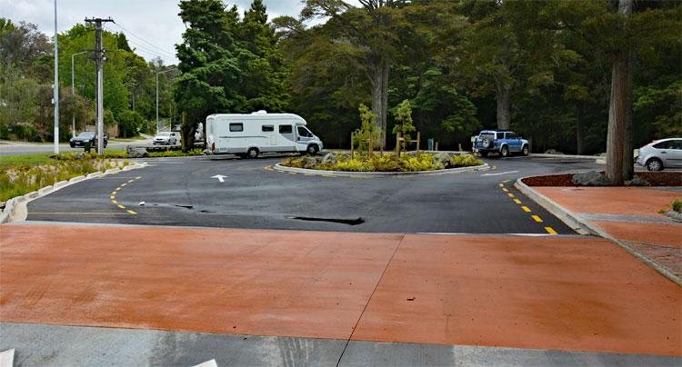 Kowhai Park Public Toilets, PDS and Parking Area