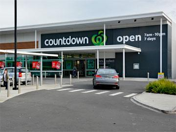 Entrance to the Orewa Countdown