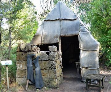 A typical gum-digger's hut made of sacking