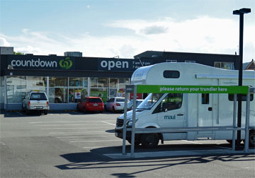 Waihi Countdown parking