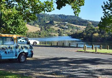 Parking overlooking the Waikato river