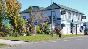 Entrance to the parking area for the Oxford Royal Hotel in Tirau