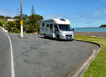 Parking in the Parua Bay rest area