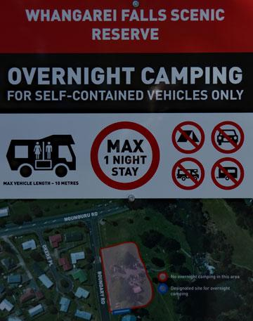 Freedom Camping sign for self-contained vehicles