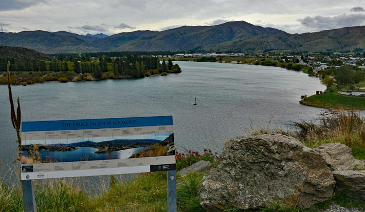 View over the Clutha river