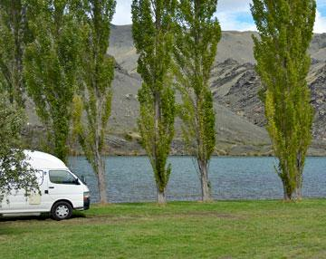 Parking overlooking the Clutha river