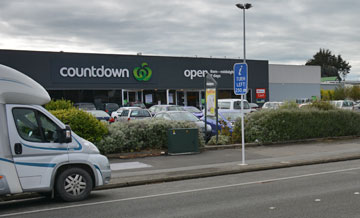 Roadside parking outside Countdown