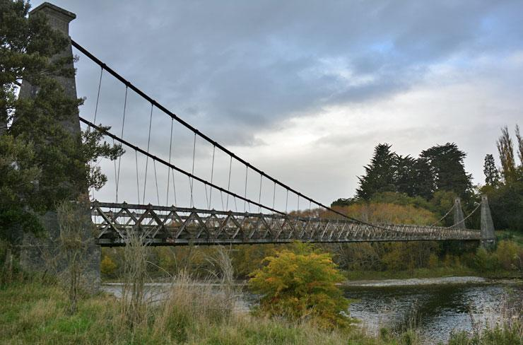 The Clifden Swing Bridge from the side