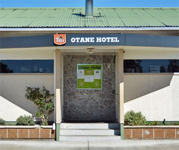 Entrance to the Otane hotel