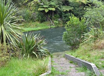 Access to the Tarawera River
