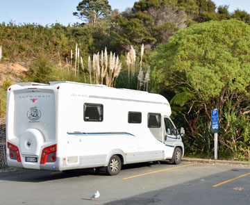 Cathedral Cove freedom parking