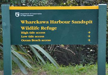 Harbour walk sign